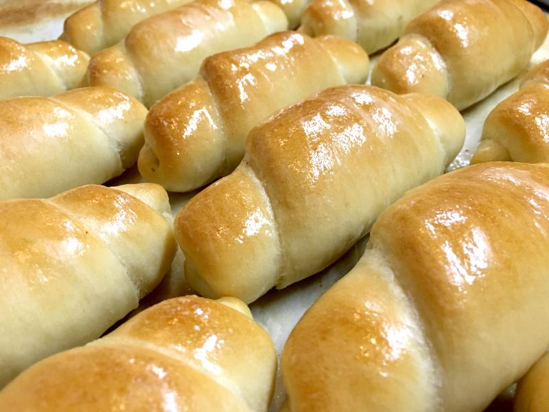 あおぞらのパン 塩パン